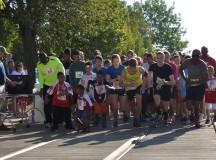 Community showcase draws runners, organizations, garrison community members