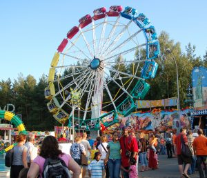 Rides and booths are part of the spring fest in Ansbach (Photo: Bavarian Times)