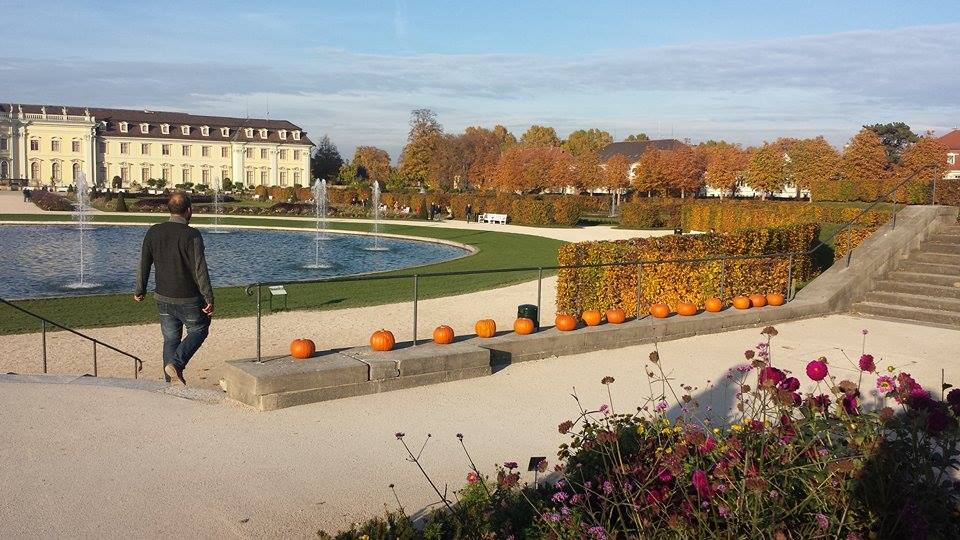 Schloss Ludwigsburg in the fall (Photo: Jessica Sowders)