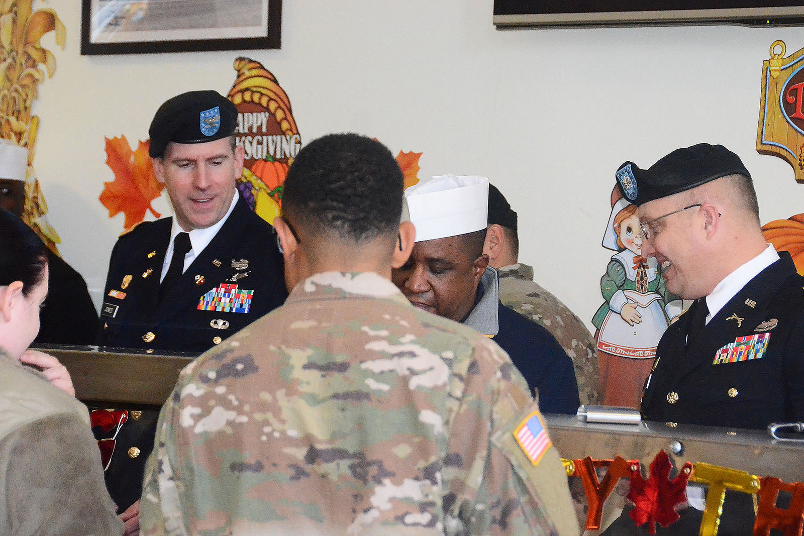 USAG Ansbach leaders serve up Thanksgiving cheer to Soldiers
