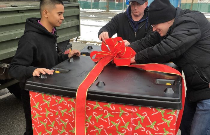 Toy drive puts smiles on German children's faces