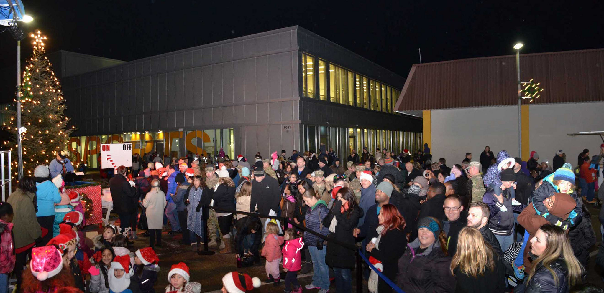 USAG Ansbach begins holiday season with Tree Lighting