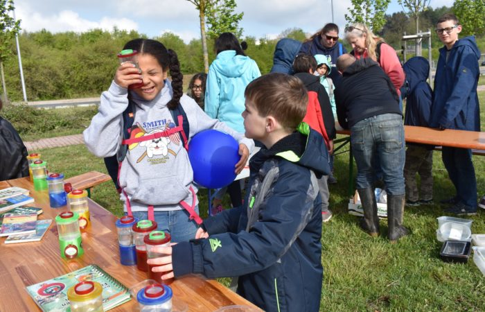 Earth Day project brings U.S. and German children together