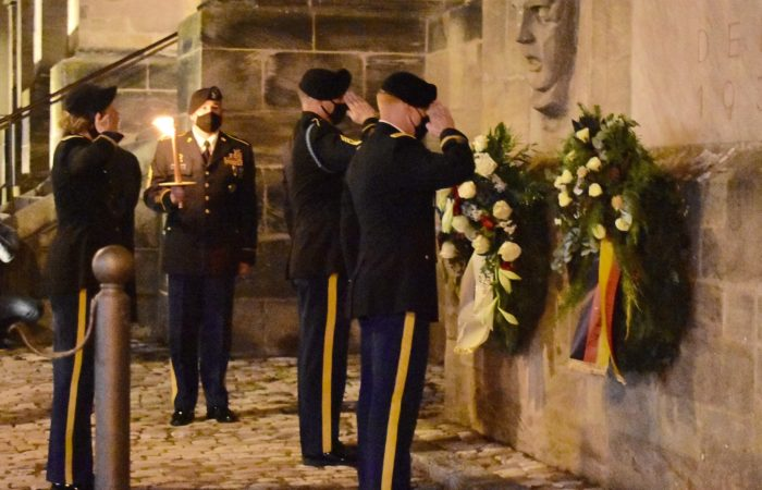 Victims of war and violence remembered by Germans, Americans in ceremony for annual Volkstrauertag